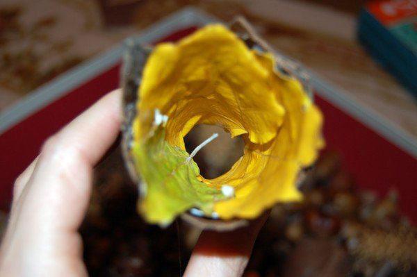 Ступа (стаканчик с листьями)